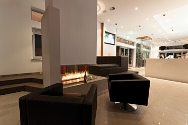 Sirens Bar - Built-In Fireplaces