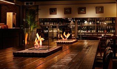 Restaurant La Cave - Built-In Fireplaces