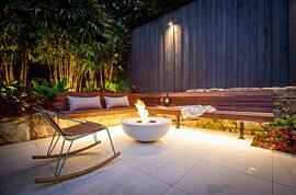 Mix 850 Outdoor Fireplace - In-Situ Image by EcoSmart Fire